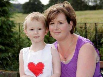 Врачи отрезали и пришили обратно руку 6-летней девочке, чтобы вылечить её от рака