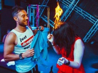 В воронежском клубе девушке подожгли волосы за 2000 рублей