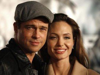 Анджелина Джоли подарила Брэду Питту остров в форме сердца