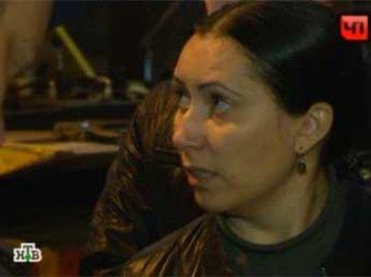 Жена Цапка пришла поддержать мужа в суд с ружьем