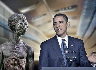 СМИ: Сноуден передал России документы о том, что США правят пришельцы