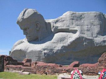 Скандальный рейтинг памятников CNN привел к политическому скандалу
