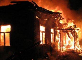 Крупный пожар в алтайском наркологическом центре унес жизни 8 человек