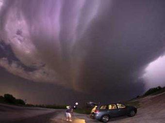 Торнадо оставил гигантскую борозду в США, 18 погибших