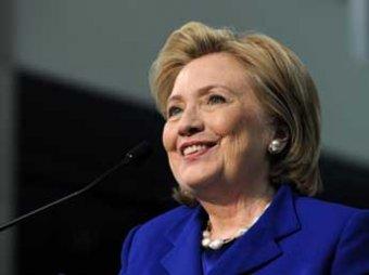 В США выпустили книгу о тайных болезнях Хиллари Клинтон