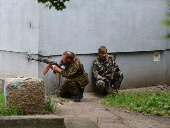 Последние новости Украины на 4 июня: ополченцы в Луганске захватили воинскую часть, но отпустили солдат (ВИДЕО)