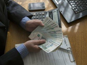 СМИ: на фоне кризиса пенсионной системы вырастут пенсии руководства РФ