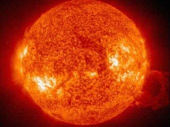 Учёные обнаружили гигантскую корональную дыру на Солнце