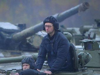 """Яценюк прокомментировал свои слова о """"вторжении СССР в Германию и на Украину"""""""
