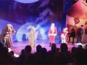 Скандал: в Липецке прошла новогодняя елка для детей про Псаки и санкции
