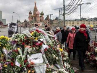 Чичваркин возмущен: с могилы Немцова пропали все цветы