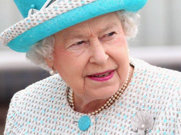 Елизавета II пообещала британцам референдум о выходе из Евросоюза