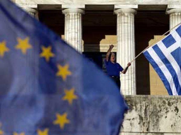 Глава Еврокомиссии Юнкер призвал греков голосовать «против самоубийства»