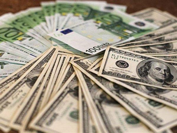 Курс доллара и евро на сегодня, 17 августа 2015, обновил февральские максимумы