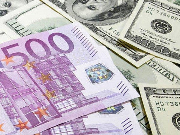 Курс доллара и евро на сегодня, 18 августа 2015: в Кремле признали, что не могут поддержать рубль