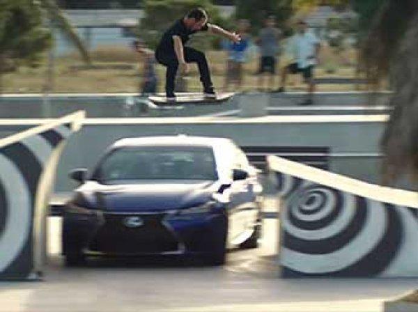 Lexus показал ховерборд - летающий скейтборд как из фильма «Назад в будущее»