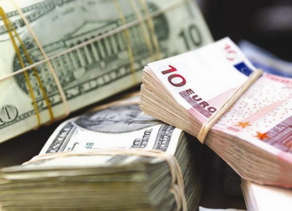 Курс доллара и евро 3 августа 2015: возврат к мартовским максимумам рубля - еще не предел