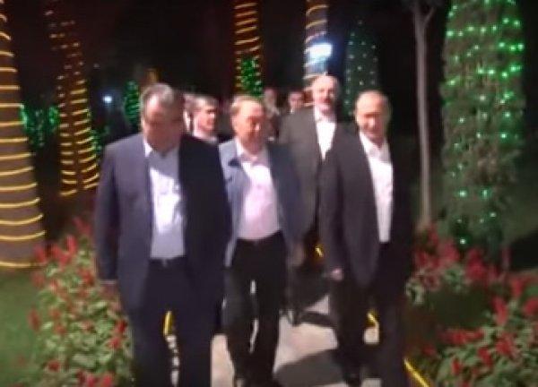В Таджикистане Путину и Лукашенко показали фонтан из дынь