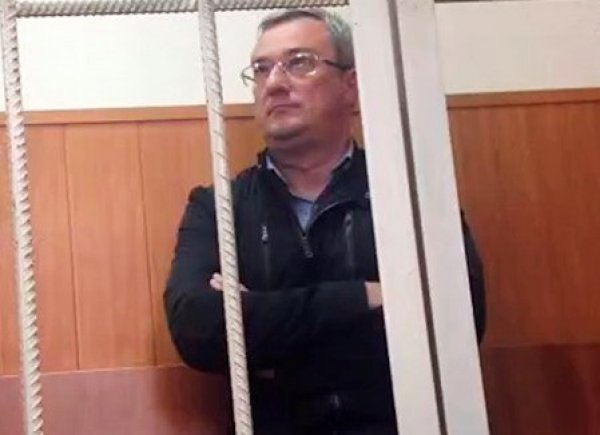В деле Гайзера найден след экс-министра обороны Сердюкова