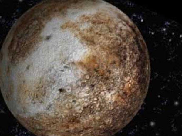 НАСА обнародовало цветные фото «змеиной кожи» Плутона