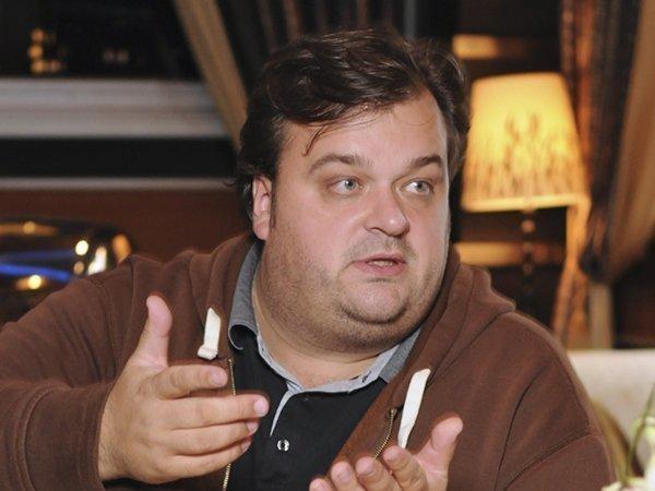 Василий Уткин пригласил Тину Канделаки на свидание