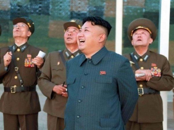 Ким Чен Ын пригрозил США баллистическими ракетами