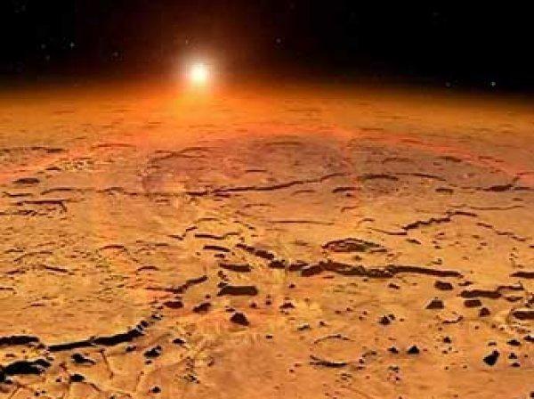 Астрономы НАСА нашли на Марсе следы древнего озера