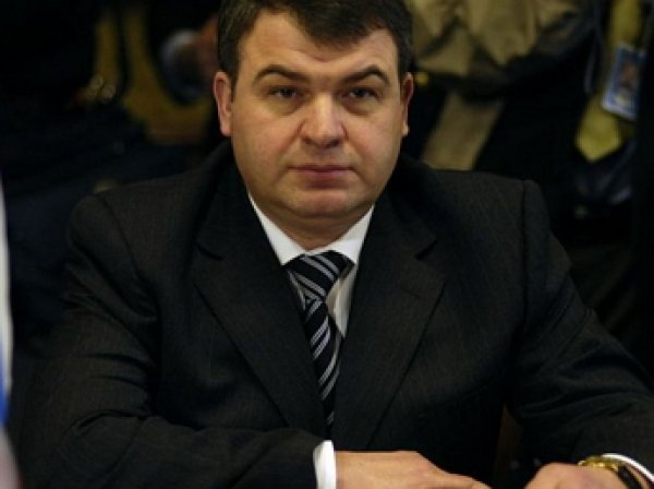 Сердюкова назначили куратором авиационных активов «Ростехнологии»