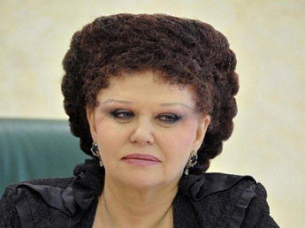 Украинский художник подаст в суд на сенатора Петренко за плагиат