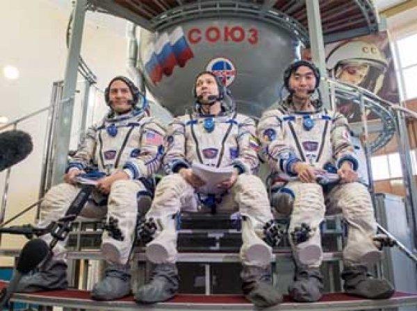 Экипаж МКС успешно приземлился в Казахстане
