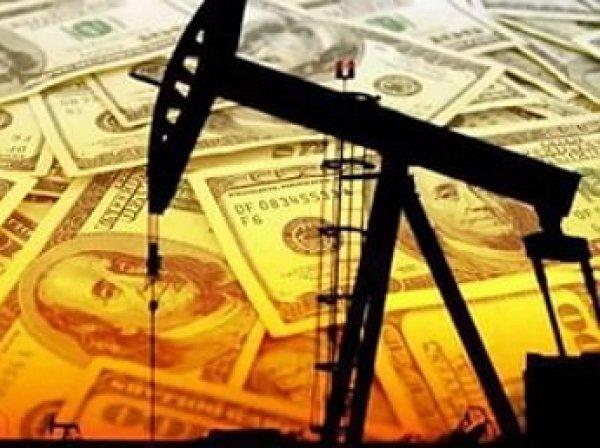 Иран откажется торговать нефтью в долларах