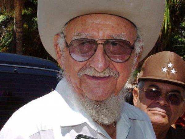 Умер старший брат Фиделя Кастро — Рамон