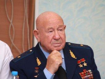 Космонавт Леонов рассказал свою версию гибели Гагарина