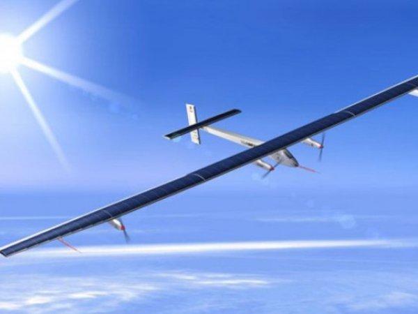 Самолет на солнечных батареях перелетел Тихий океан (ФОТО)