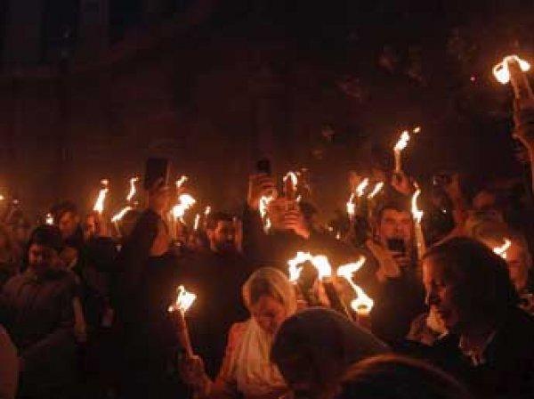 Пасха 2016: тысячи паломников ожидают в Иерусалиме зажжения Благодатного огня