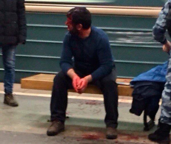 Пожилой москвич устроил стрельбу в вагоне московского метро