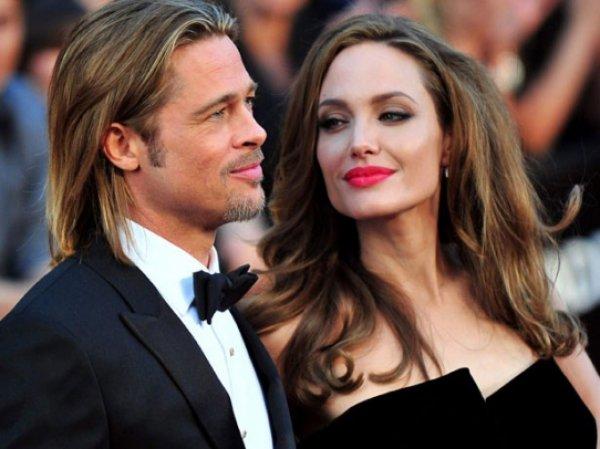 Анджелина Джоли, последние новости 19 апреля: СМИ сообщили, что Анджелина Джоли и Брэд Питт все же разводятся