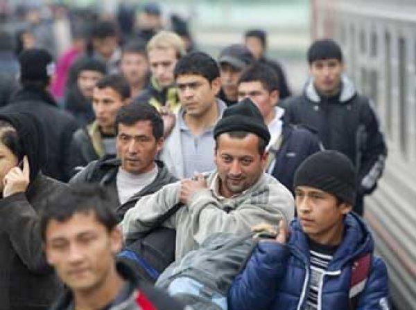 СМИ: тысячи безработных мигрантов в Москве готовы к массовым побоищам