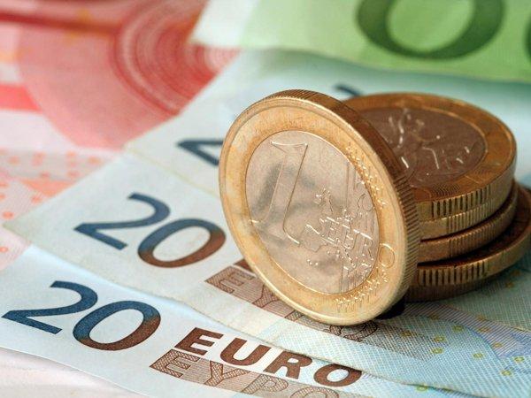 Курс доллара на сегодня, 6 мая 2016: эксперты заявили, что рубль и евро попали в зависимость от безработных в США