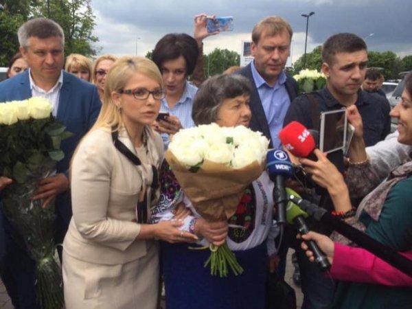 Надежда Савченко, последние новости 26.05.2016: Тимошенко рассказала об оскорбительной встрече с Савченко (ФОТО)