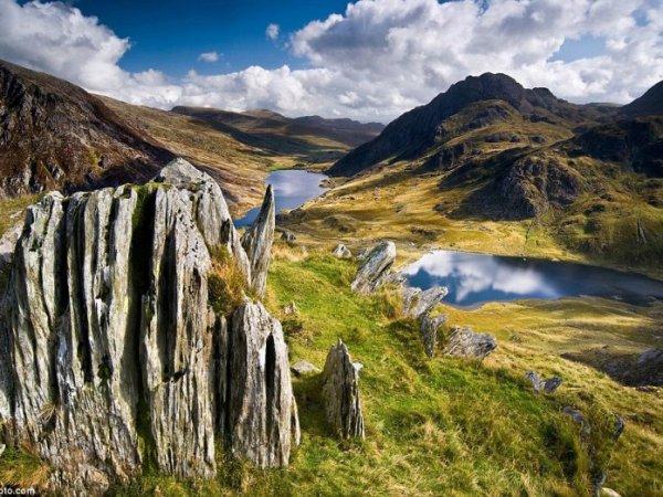 В национальном парке Уэльса пропала группа из 24 школьников