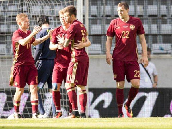 Футболисты сборной России разделись перед камерой после матча с Англией (ФОТО)