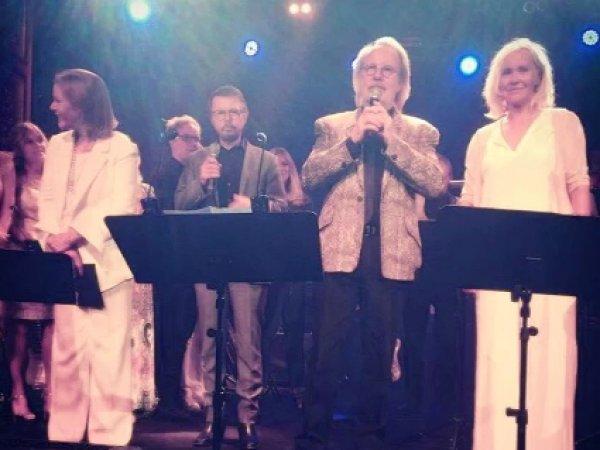 """Впервые за 30 лет """"ABBA"""" дала совместный концерт (ФОТО)"""