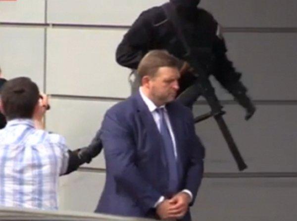 Опубликовано первое видео после задержания Никиты Белых за взятку (ВИДЕО)