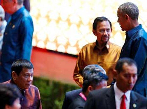 """Обама обменялся любезностями с назвавшим его """"сукиным сыном"""" президентом Филиппин"""