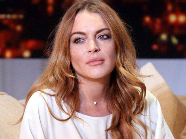 Линдси Лохан осталась без пальца на отдыхе в Турции (ВИДЕО)
