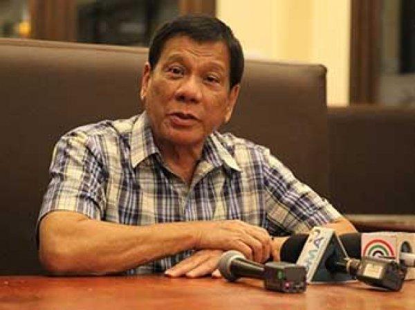"""""""Настало время попрощаться с США"""": президент Филиппин вновь оскорбил Обаму"""