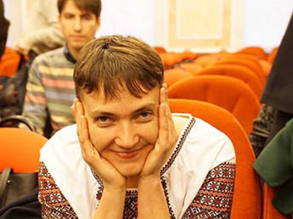 «Слава Украине! Героям слава!»: Савченко устроила шоу в Верховном суде РФ (ВИДЕО)