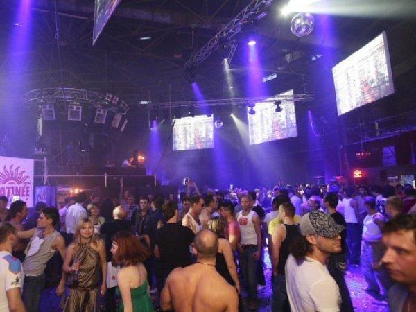 СМИ: в московском клубе рэпера Басты нашли наркотики
