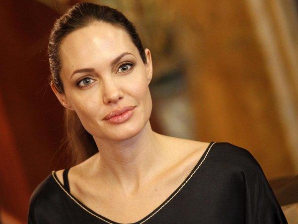 Анджелина Джоли, последние новости: актриса получила единоличную опеку над детьми (ФОТО)